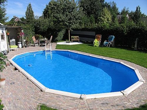 oval-pool-teilversenkt-11